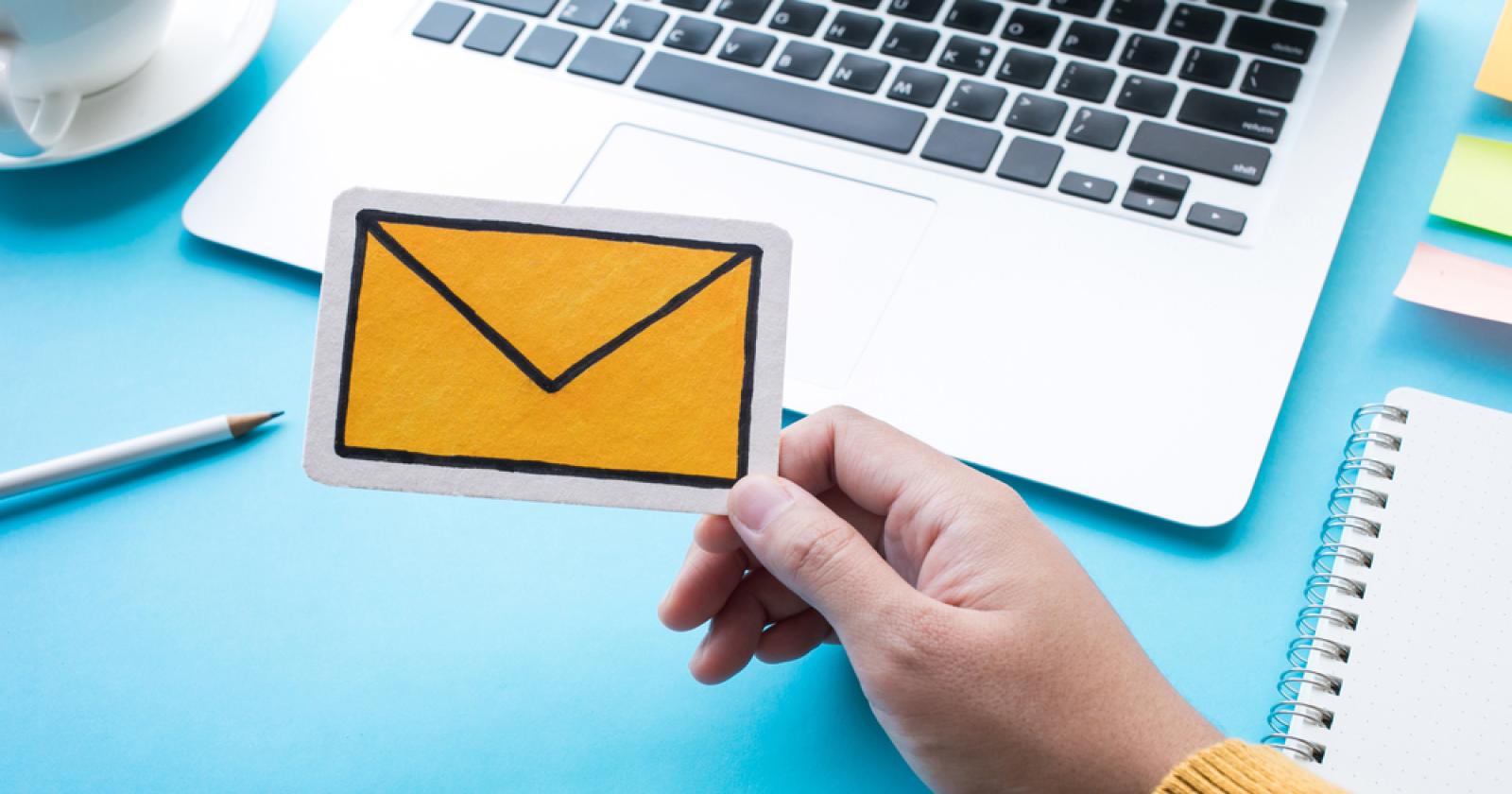 Cấu hình gửi và nhận mail trên Iphone